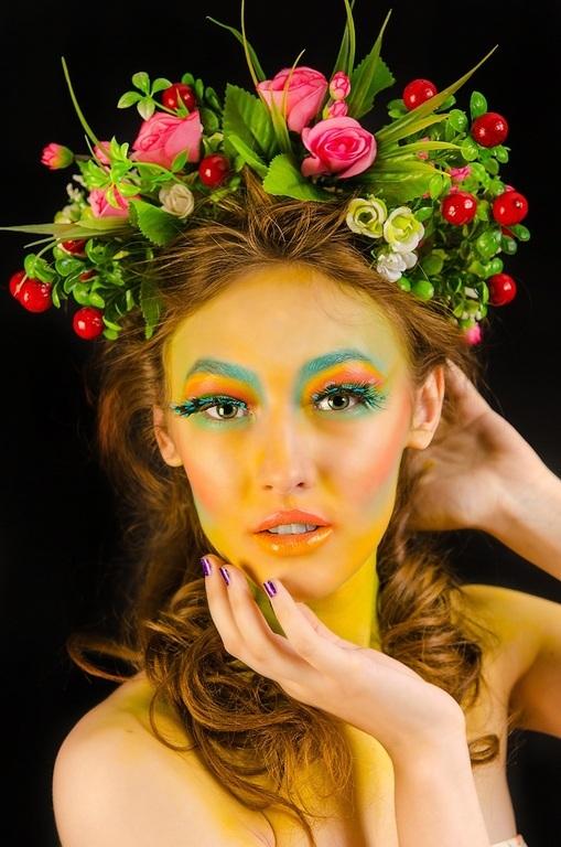 ok models Курс макияжа В конце обучения проходит сьемка дипломных работы по выбранной тематике Задача дипломной работы Стилизация женского образа Съемка проходит с участием