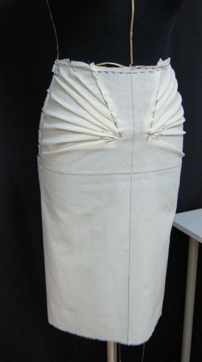 Наколка юбки